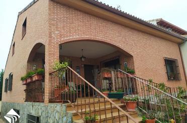 Casa adosada de alquiler en Alcaldes de la Villa, El Casar