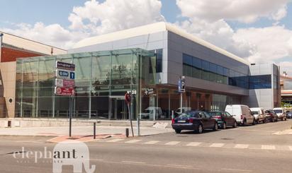 Edificio de alquiler en Villalba Estación