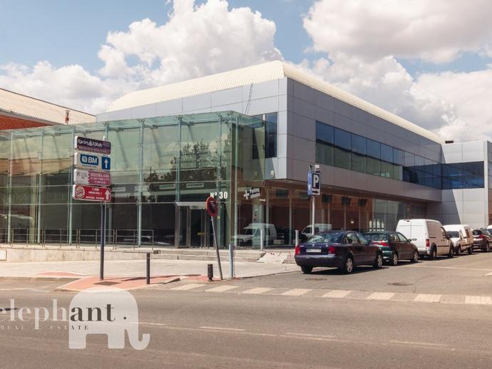Foto 1 de Edificio de alquiler en Villalba Estación, Madrid