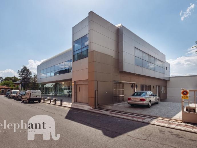 Foto 3 de Edificio de alquiler en Villalba Estación, Madrid