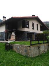 Casa adosada en Alquiler en Elduain / Elduain