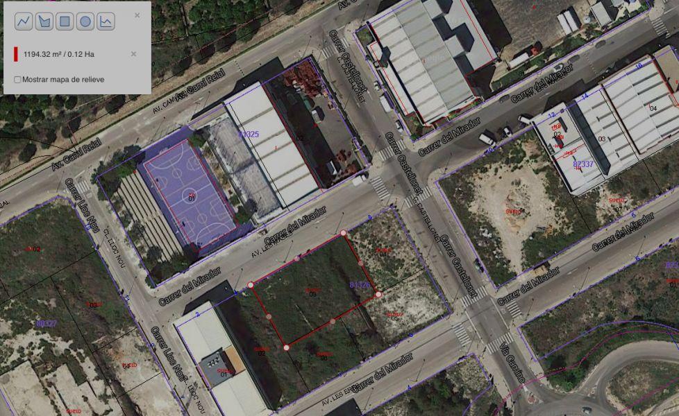 Solar urbano  Rotova ,rotova. Solar urbano