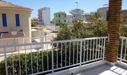 Dúplex de alquiler vacacional con terraza baratos en España