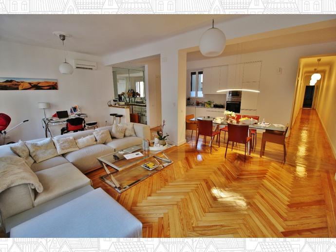 Piso en madrid capital en centro en centro universidad for Compartir piso madrid centro