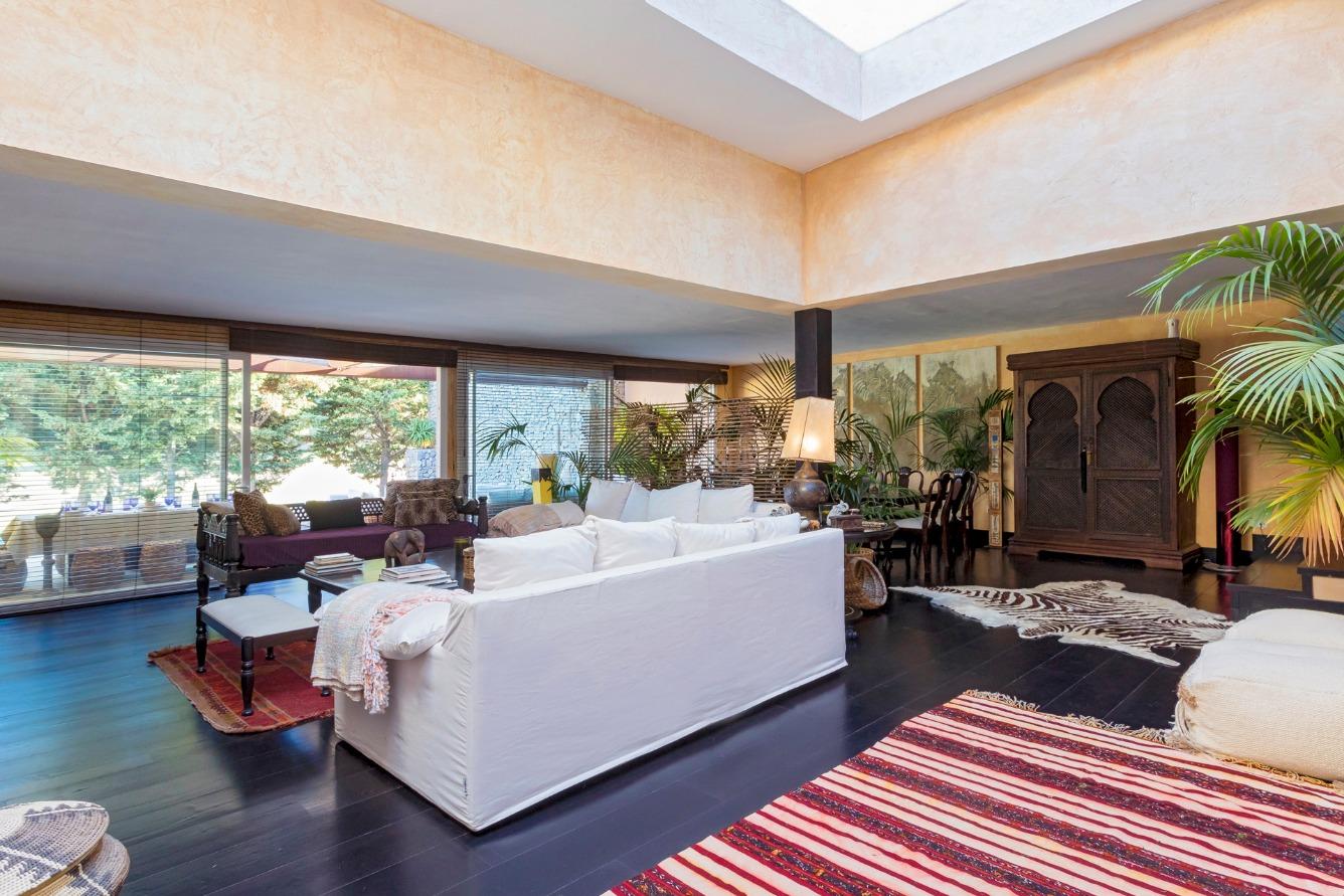 Alquiler Casa  Santa eulària des riu, zona de - santa eulària des riu. Vistas increíbles, acabados de alta calidad. adosado de 5 dormit