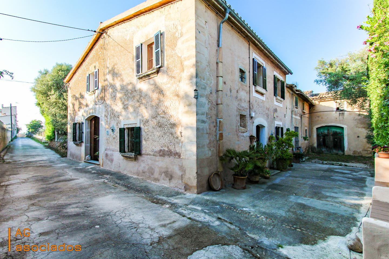 Casa  Calle camí son alegre. Acogedora casa rústica romántica de 200 m2 en es pla de na tesa.