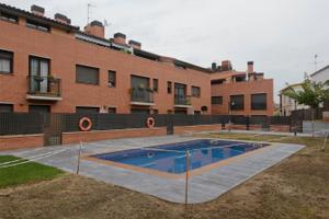 Piso en Venta en Calle Mossen Cinto Verdaguer - Zona Residencial / Sant Andreu de la Barca