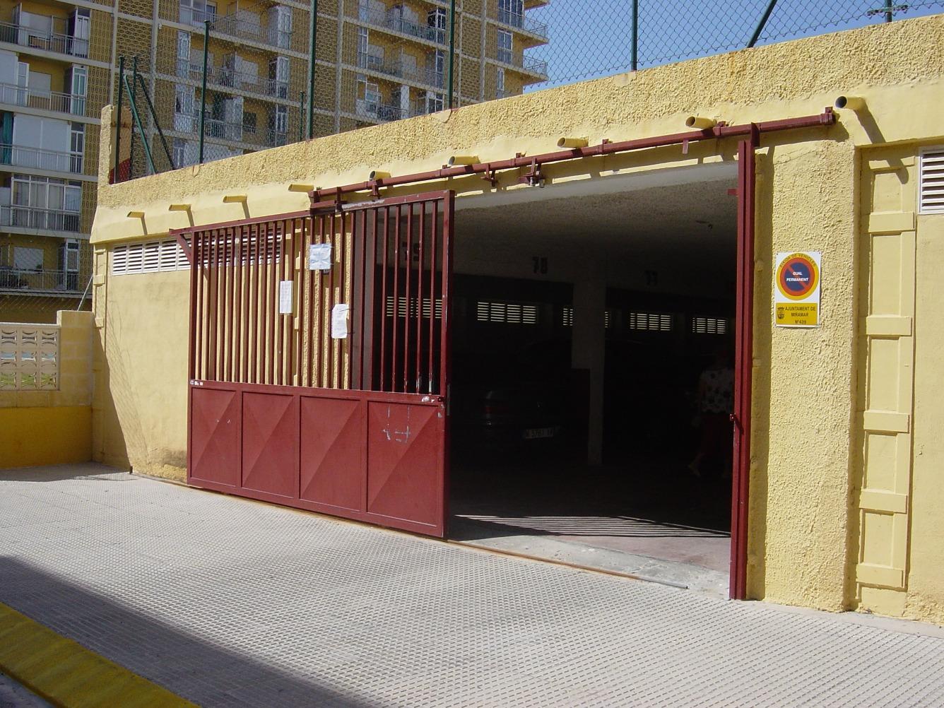 Autoparkplatz  Calle marenys, 13