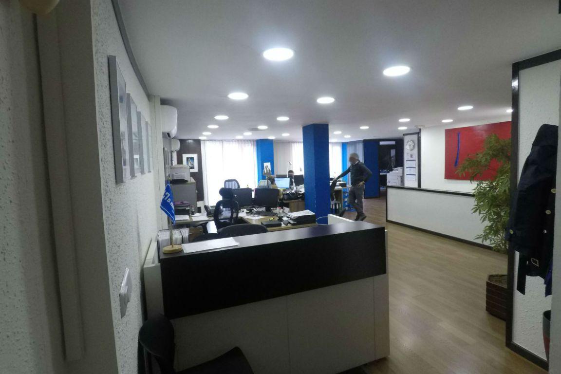 Oficina en venta en El Poble Sec - Parc de Montjuïc