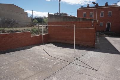 Casa  Avenida de les garrigues, 20. En venda casa adossada a Cervià de les Garrigues. disposa de 3 h