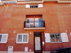 Casa adosada en Venta en Puerto de Sagunto ,churruca / Nuevo Centro