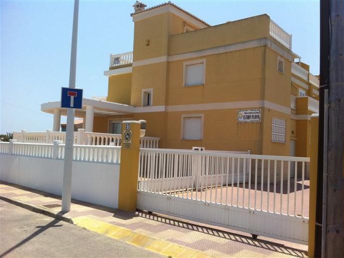 Foto 2 de Casa adosada de alquiler en La Vega - Marenyet, Valencia