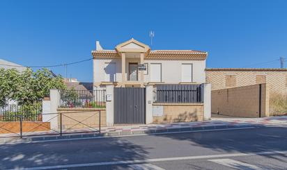 Viviendas y casas en venta en Otura