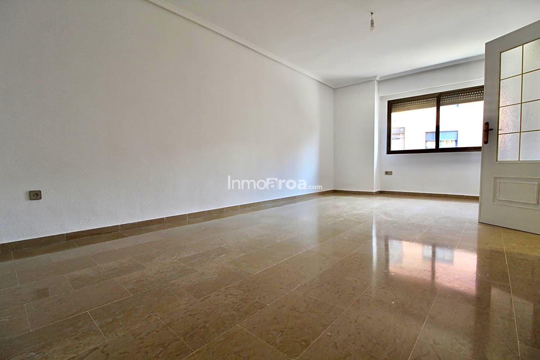 Appartement à Centro. Ocasión! bonito piso de 94m2 útiles en segunda planta con ascens