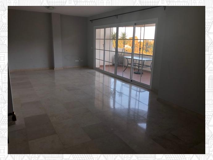 Photo 2 of Penthouse in Housing Development Puerto De Los Almendros / Benahavís