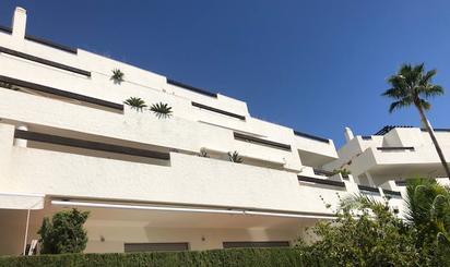 Apartamentos de alquiler con opción a compra con piscina en España