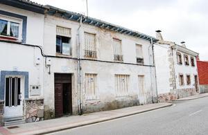 Chalet en Venta en Calle Constitucion - / La Pola de Gordón