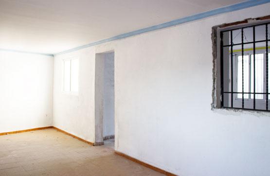Casa  Calle santa ana -. Amplia casa en venta en Montesa, orientada al este. consta de un