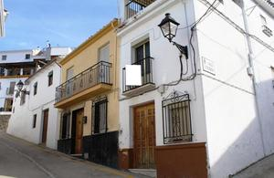 Chalet en Venta en Calle Alonso de Carmona / Priego de Córdoba