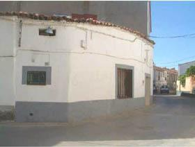 Chalet en Venta en Calle Reyes de Espana / Castilblanco