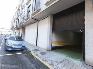 Casas de compra Parking en Ribeira