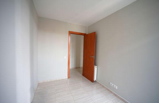 Appartamento  Calle santa anna 2-4. Piso de obra nueva con 3 habitaciones, 1 baño y salón-comedor co