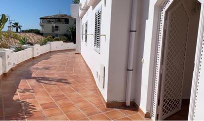Apartamento de alquiler en Calle Miramar Bajo, Almuñécar ciudad