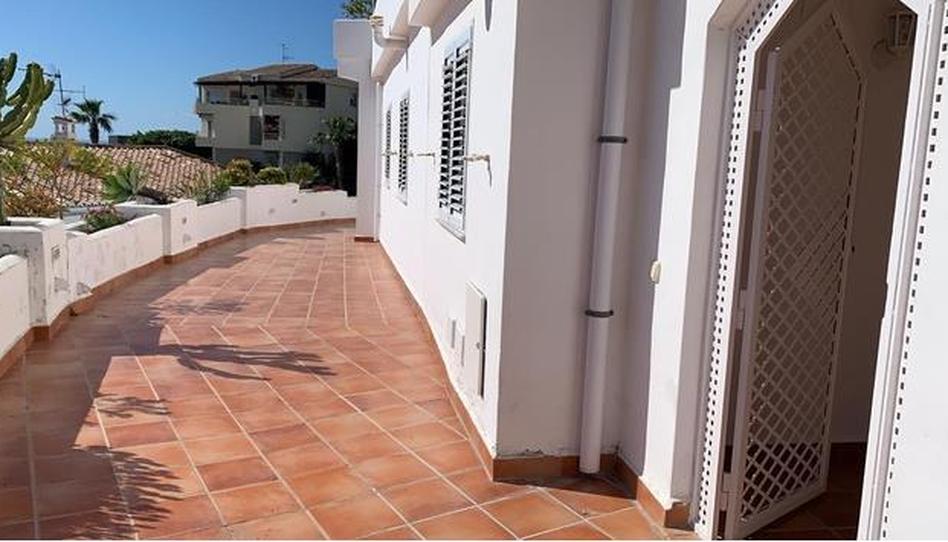 Foto 1 de Apartamento de alquiler en Calle Miramar Bajo Almuñécar ciudad, Granada