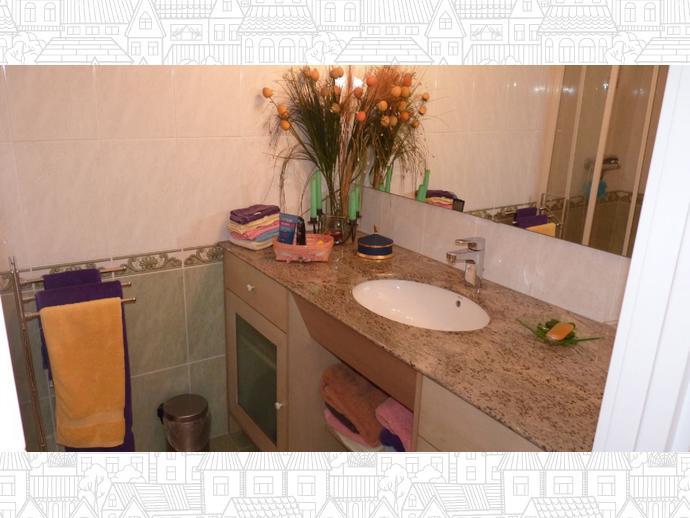 Foto 46 de Casa adosada en Vallpineda-Santa Barbara / Vallpineda - Santa Bàrbara, Sitges