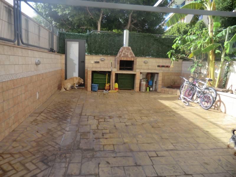 Casa  Villajoyosa ,cala villajoyosa. Vendo bungalow de tres dormitorios en cala de villajoyosa. milpi