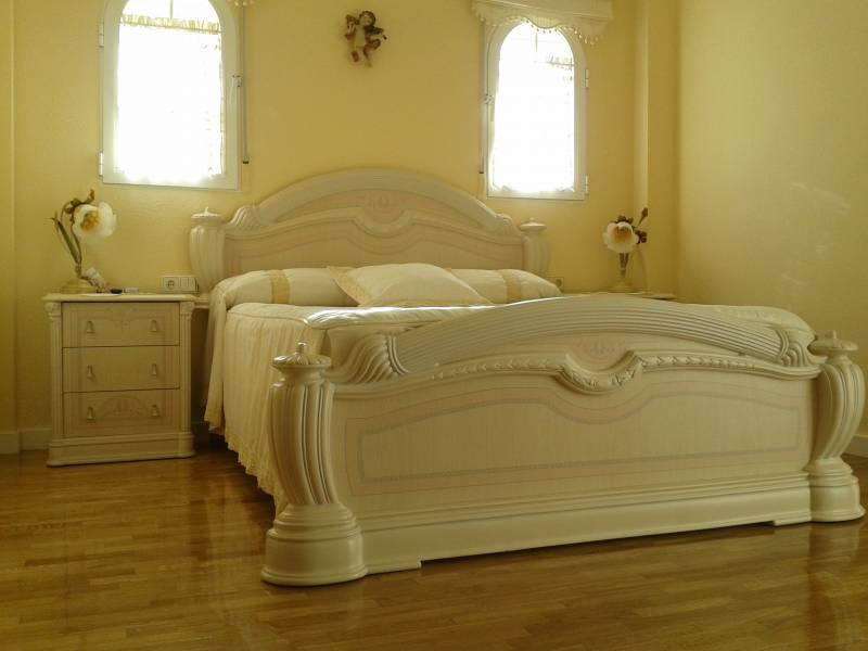 Alquiler Casa  Benidorm ,rincon de loix. Alquiler para todo el año lujoso chalet de 4 dormitorios en beni