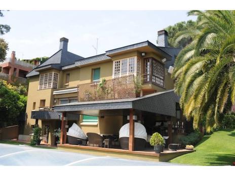 Inmuebles de FELIU FRANQUESA SERVEIS IMMOBILIARIS en venta en España