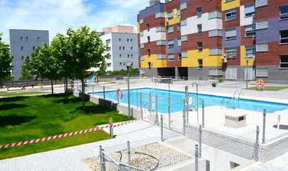 Viviendas en venta con piscina en Alcorcón