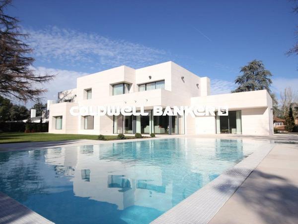 Casas O Chalets En Venta En La Florida El Plantio Madrid Capital