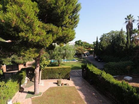 Einfamilien reihenhäuser miete mit heizung in España