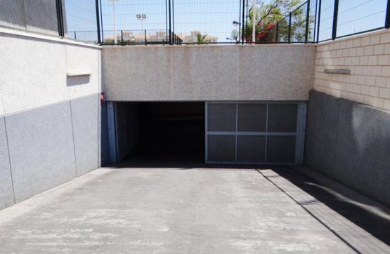 Aparcament cotxe  Calle guadalest edificio blau mar. Amplia plaza de parking, en garaje subterráneo, situada en villa