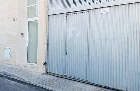 Autoparkplatz  Calle tio tonet el foia. Magnífica plaza de parking con trastero en la localidad de petre