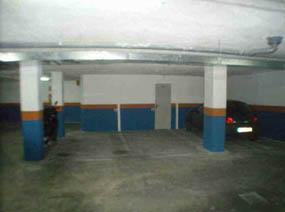 Parking coche  Calle general riera -. Plaza de aparcamiento nº 13 de 9,49 m² y trastero nº 13 de 3,24