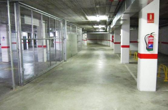 Aparcament cotxe  Calle ronda de l'eixample 37- 67. Plaza de garaje situada en la planta -1 del edificio ubicado en