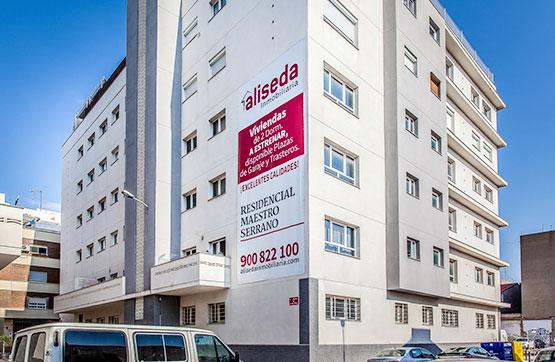 Parking voiture  Calle 8 de marzo, 1. Plaza de garaje en venta dentro del residencial maestro serrano