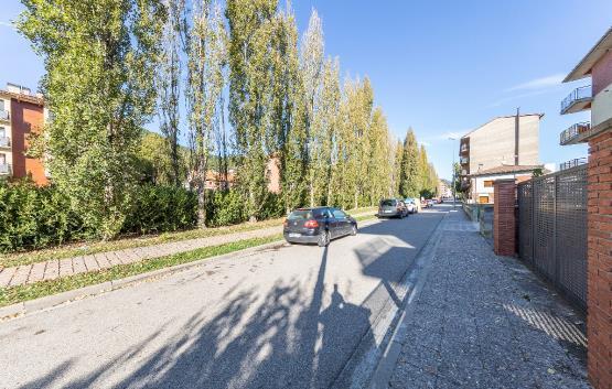 Aparcament cotxe  Calle antoni gaudi i cornet. Plaza de aparcamiento en ripoll, gerona. consta de 28 m². ubicad