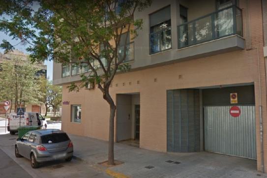 Parking voiture  Calle matilde salvador. Plaza de aparcamiento en picassent, valencia. consta de 25 m². u