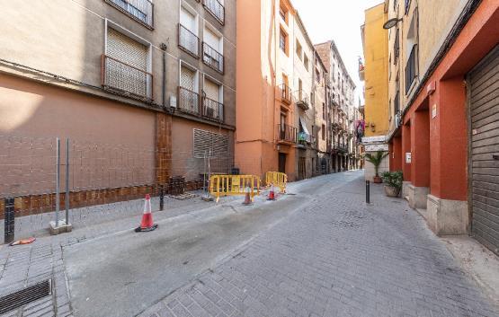 Almacén  Pasaje santa llucia. Trastero en venta en manresa, barcelona. dispone de 34 m². ubica