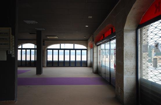 Business premise  Calle balangera -. Amplio local comercial situado a pie de calle, en la planta baja
