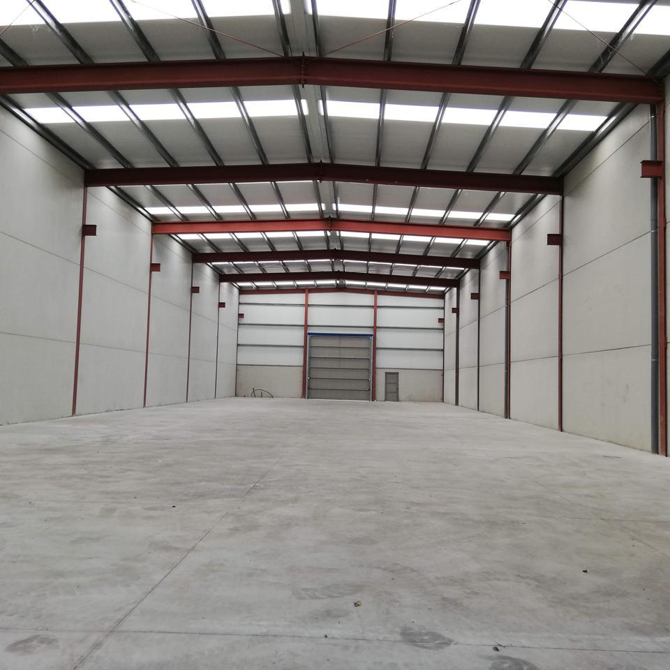 Nau industrial  Calle oviedo. Nave industrial en calle oviedo, oviedo, asturias con 1188 m2.