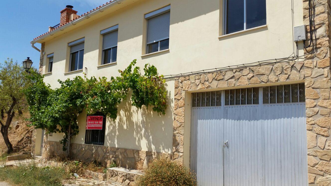 Haus in Ademuz. Casa en venta en ademuz (valencia) aldea val de la sabina