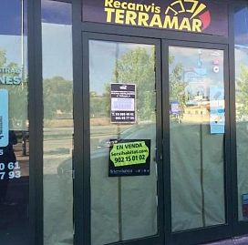 Nave industrial en Mas Trader-Corral d´En Tort-Corral d´En Cona. Nave industrial en venta en mas d`en pedro, cubelles (barcelona)