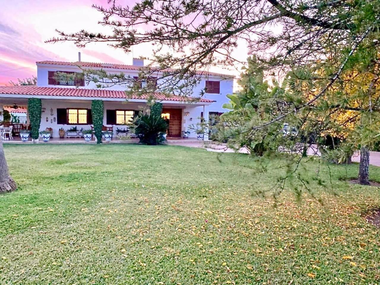 Casa  Sant joan d´alacant. Fantástico chalet independiente con parcela de 1200m2. casa de 3