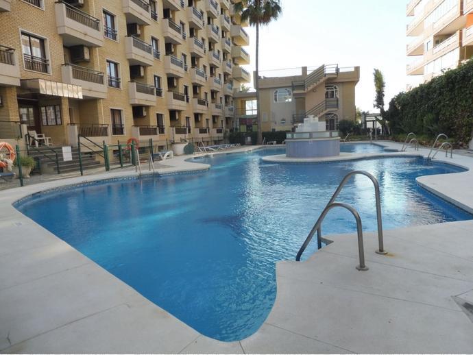 Foto 1 de Apartamento en Fuengirola ,Paseo Maritimo / Los Boliches, Fuengirola
