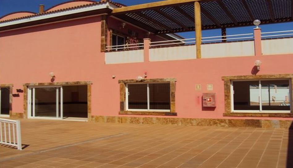 Foto 1 de Local de alquiler en C/ Cernícalo Corralejo, Las Palmas